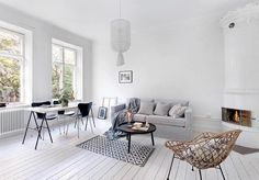 Simple and beautiful!! Stunning pic via @innerstadsspecialisten with styling by @designtherapy.se #goals