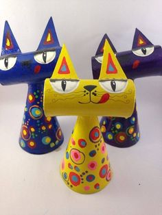 Toilet Paper Roll Crafts - Get creative! These toilet paper roll crafts are a great way to reuse these often forgotten paper products. You can use toilet paper Kids Crafts, Cat Crafts, Animal Crafts, Projects For Kids, Diy For Kids, Art Projects, Arts And Crafts, Weaving Projects, Toilet Paper Roll Crafts