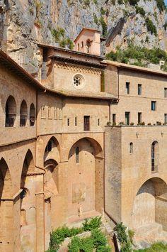 Sacro Speco di San Benedetto - Subiaco RM #TuscanyAgriturismoGiratola