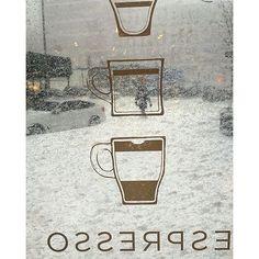 Photo by @midtowncoffee  Yay for living next door to to a Starbuck's during a snow storm. #newyork  #what_i_saw_in_nyc  #winter  #winter2016  #winterinnyc  #winterjonas  #snowstorm2016  #Snowpocalypse_NYC  #snowday  #jonasinnyc  #nyc#newyorkcity #streetsofnewyork  #coffe #blizzard2k16 ❄️❄️  via ✨ @padgram ✨(http://dl.padgram.com)