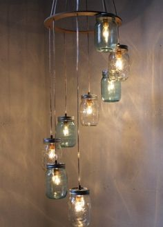 repurposed lighting. Lámpara Con Elementos Reciclados #Iluminación #Lighting Repurposed Lighting
