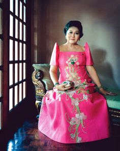"""A spokeswoman for Imelda said her current shoe collection runs to pairs; most of which were presents from admirers. And Imelda Marcos said, """"They went to my closet looking for skeletons but thank God all they found were shoes, beautiful shoes! Ferdinand, Asian Woman, Asian Girl, Filipiniana Dress, Filipiniana Wedding, The Wedding Singer, Famous Women, Famous People, Asian Dating"""