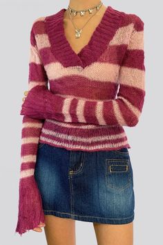 Cool Outfits, Fashion Outfits, 2000s Fashion, Swag Style, My Style, Jumper Outfit, My Outfit, Pink Sweater, Aesthetic Clothes