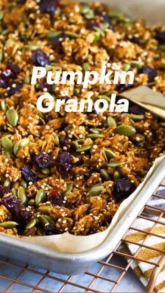 Homemade Granola Recipe, Healthy Granola Recipe, Nut Free Granola Recipe, Vegan Granola, Gluten Free Granola, Crunchy Granola, Grain Free Granola, Gluten Free Recipes, Vegetarian Recipes