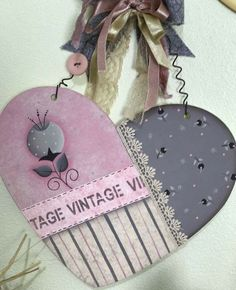 Pallet Gift Ideas, Crafts For Teens, Arts And Crafts, Valentine Heart, Valentines, Wood Crafts, Diy Crafts, Pintura Country, Wooden Cutouts