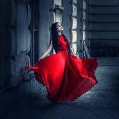 Model: Liliana Pham Dress: Liliana Pham
