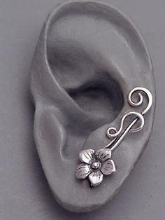 Sterling Flower Ear Pin Sweeps SUMMER door SunnySkiesStudio