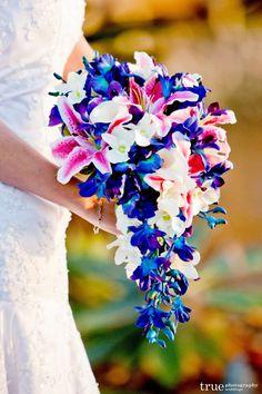 Bouquet de mariée Cascade de Keri 2e par ArtisticFloralDesign