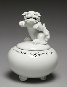 """Incense Burner (""""Koro"""") with Rearing Lion · The Walters Art Museum · Works of Art"""