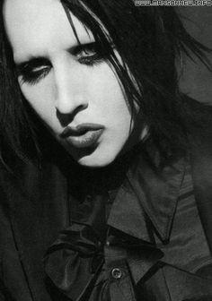 Marilyn Manson Marilyn Manson, Brian Warner, Rock Legends, Many Faces, Metal Bands, Music Bands, Beautiful Men, Beautiful People, Adorable Guys