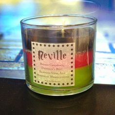 Neville Longbottom Candle - Badass Cardigan, Drooble's Best Blowing Gum, and Mimbulus Mimbletonia Harry Potter Candles, Harry Potter Love, Harry Potter Fandom, Scented Candles, Candle Jars, Slytherin, Harry Porter, No Muggles, Harry Potter Merchandise