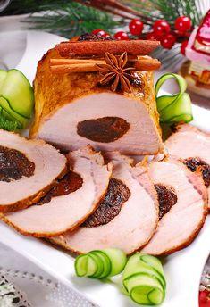 Pieczony schab ze śliwkami (w rękawie) - MniamMniam.pl Sandwich Cake, Sandwiches, Polish Recipes, Polish Food, Waffles, French Toast, Food And Drink, Pork, Cooking Recipes