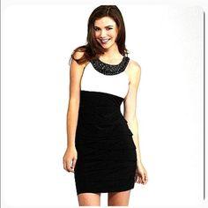 ✳️HOST PICK✳️ BLACK & WHITE BEADED DRESS NWT BEAUTIFUL SATIN-LIKE SHORT DRESS. W/POCKETS! AMAZING BLACK JEWELED COLLAR, AS SHOWN. B. SMART Dresses Prom