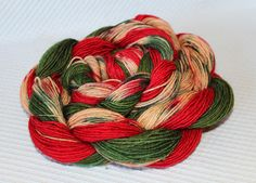 Color:Italian pizza  3 STRIPES. This yarn knits up into coloured stripes of chili pepper,green,multicolor  STRIPES: Approximately 4-6 rows of