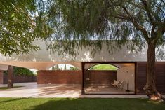 Curving vaults give Mesura's red brick extension to IV House in Spain's Alicante province a scalloped roofline Architecture Design, Spanish Architecture, Architecture Awards, Contemporary Architecture, L'architecture Espagnole, Brick Extension, Traditional Porch, Best Architects, Residential Architect