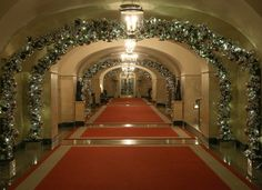 A hallway is decorated during first lady Michelle Obama's preview of the 2015 holiday decor at the White House December 2, 2015
