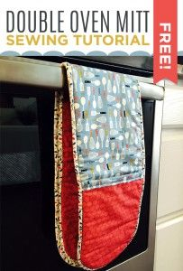Make an Insulated Double Oven Mitt with this Easy & Free Sewing Tutorial!