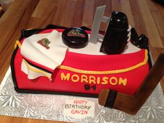 Hockey cake#Hockey #cake #ahockeymomreviews Custom Birthday Cakes, First Birthday Cakes, Happy Birthday, Hockey Cakes, Cake Smash, Frosting, First Birthdays, Cupcakes, Happy Brithday