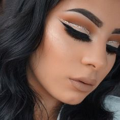 Glitter Cut Crease Eyeshadow Tutorial für Anfänger - Make-up Tipps Nude Makeup, Kiss Makeup, Prom Makeup, Flawless Makeup, Gorgeous Makeup, Pretty Makeup, Beauty Makeup, Hair Makeup, Huda Beauty