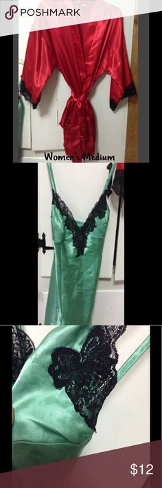 Fredericks of Hollywood-Robe & Bonus Beautiful (good; used condition) silky robe from FOH. Small spot but isn't  noticeable. The bonus is a nightie, size medium. There are flaws but would still be great for sleepwear. Please see photos and ask questions. Thanks for stopping by! ☮ Frederick's of Hollywood Intimates & Sleepwear