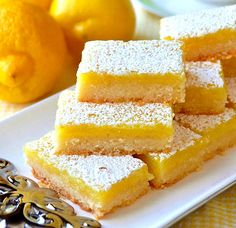 Super Easy Lemon Bars – made with only 5 simple ingredients! Using only 5 simple ingredients & a very quick preparation time, this is the easiest & best lemon bars recipe I've ever tried in almost 40 years of baking. Easy Desserts, Delicious Desserts, Yummy Food, Finger Food Desserts, Oreo Desserts, Quick Dessert Recipes, Best Lemon Bars, Vegan Lemon Bars, Lemon Cake Bars
