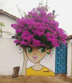 Impressive & Creative Mural Tree Hair Street Art Graffiti Ideas - Home & Garden: Inspiring Interior, Outdoor and DIY Ideas Yard Art, Urbane Kunst, Amazing Street Art, Unique Gardens, Street Art Graffiti, Graffiti Artists, Street Artists, Chalk Art, Urban Art