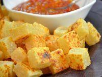 O dadinho de tapioca é assado e feito com apenas 3 ingredientes, um deles é o delicioso queijo coalho. Receita de Dadinho de Tapioca Fit