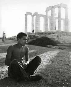 Athens, Photo by Herbert List Paris Photography, Vintage Photography, Photography Photos, Herbert List, Anna Magnani, Paris Black And White, Of Mice And Men, French Films, Vintage Paris