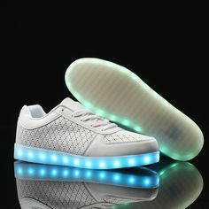 (57.00$)  Watch more here  - LED Light up Mans Shoes for Adults 2017  New Fashion Colorful Luminous Shoes with USB Rechargeable  Mens Shoes with LED Lights