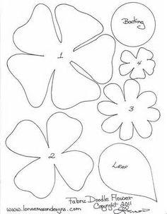 Hasil gambar untuk small layered flower template to print Poppy Template, Felt Flower Template, Flower Applique, Printable Flower, Printable Paper, Tin Can Flowers, Felt Flowers, Fabric Flowers, Applique Templates