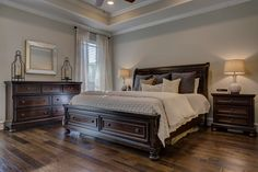 Finding color ideas for a bedroom with dark furniture can be challenging, especially when you are trying not to let . Read moreColor Ideas for Bedroom with Dark Furniture Dark Furniture, Classic Furniture, Bedroom Furniture, Bedroom Decor, Master Bedroom, Bedroom Ideas, Tile Bedroom, Men Bedroom, Royal Furniture