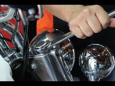 This video outlines the process of changing the fork oil on a 2013 Harley Davidson Softail Deluxe.