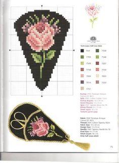 etuis à ciseau avec une rose. Kanavice Foral Elegance