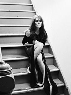 Julianne Moore <^>scroll up >^< Julianne Moore, Beautiful Celebrities, Beautiful People, Beautiful Women, North Carolina, Sean Penn, Portraits, Foto Pose, Julie