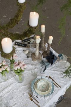 #moss #tabledecor #wooden #candleholders set up by @violamalva and @tramediluna  photo by @melotti0170