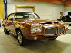 1971 Pontiac GTO The material for new cogs/casters could be cast polyamide which I (Cast polyamide) can produce Best Muscle Cars, American Muscle Cars, Pontiac Gto, Chevrolet Camaro, Vintage Cars, Antique Cars, Vintage Signs, 1966 Gto, Pony Car