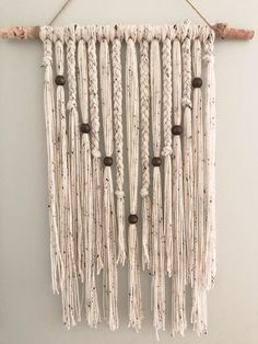 Yarn Wall Hanging / Natural Wall Hanging / Boho Home Decor / Natural Home Decor . Natural Home Decor, Diy Home Decor, Room Decor, Macrame Wall Hanging Diy, Wall Hanging Decor, Yarn Wall Art, Boho Home, Ideias Diy, Cute Dorm Rooms