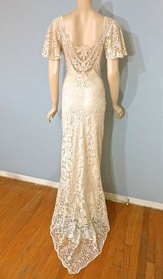 Vintage Cutwork LACE Crochet Wedding Dress by MuseClothing on Etsy