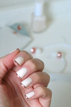 Essie Baby's Breath + Penny Talk french tips || Essie Envy