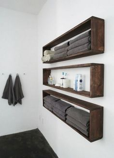 These DIY pallets shelve are smartly designed for your washroom's storage needs.