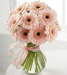 Ramos primaverales ideales para xv años http://ideasparamisquince.com/ramos-primaverales-ideales-xv-anos/ Spring bouquets ideal for xv years #ideasparaxvaños #ramos #ramosparaxvaños #RamosprimaveraleSidealesparaxvaños #xvaños