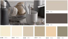 Neutral colours in white, beige, brown, grey and black tones – timeless, universal and flexible.