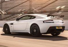 2018 Aston Martin V12 Vantage-AMR