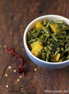 Long Bean-Potato Stir-fry or Chawla Fali Sabzi