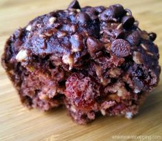 Cranberry Chocolate Muffins. Perfect grab-and-go breakfast with less than 200 calories!