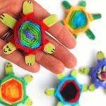 Weaving Cute Baby Turtles Using God's Eye Weaving Pattern