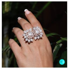 Make an with this dazzling invisible set diamond set to look like a solitaire. Eye Jewelry, Hand Jewelry, Unusual Jewelry, Stylish Rings, Stylish Jewelry, Art Deco Diamond Rings, Diamond Jewelry, Dimonds, Beautiful Wedding Rings