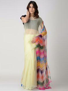 Multicolor Leheriya Chiffon Saree Saree Wearing Styles, Saree Styles, Dress Indian Style, Indian Dresses, Indian Wear, Trendy Sarees, Trendy Dresses, Plain Chiffon Saree, Plain Saree