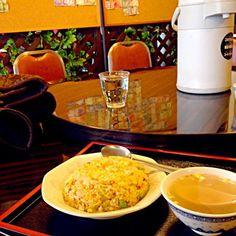 レシピとお料理がひらめくSnapDish - 1件のもぐもぐ - 出先で駆け込んだ中華料理店、めちゃローカルで他のお客さんゼロで不安。。チャーハンはまあまあうまいのでホッ。 by jun omura