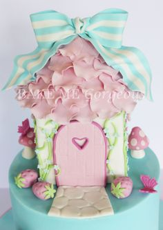 Fairy House close up  facebook.com/bakemegorgeous
